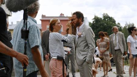 DEBUTANT: Magnus Grønneberg får lagt siste finish på sminken før han skal til pers i sin første kinofilm, musikalen
