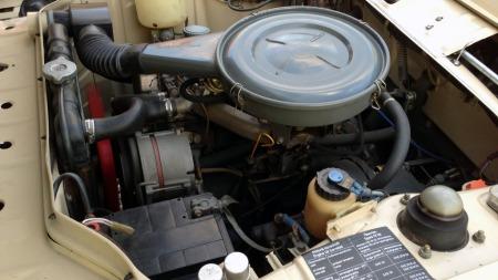 Det var først med 2-litersutgaven 2002 som kom i 1968 at man virkelig begynte å jazze opp det sportslige imaget. Men 1,6-literen i denne 1602en er også en fint avstemt maskin til den kjøreglade bilen. (Foto: Privat)