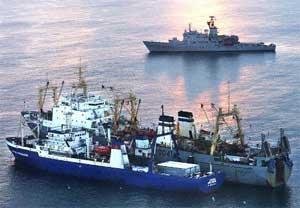 Tråleren «Kapitan Gorbatsjov» og omlastningsskipet «Dmitrij Pokramovitsj» ble ilagt bot og inndragning på 900.000 kroner og 1.250.000 kroner for ulovlig fiske.