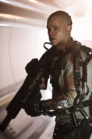 HARDTRENT: Matt Damon i filmen «Elysium» som har premiere i august. (Foto: Stephanie Blomkamp, ©PH)