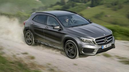Mercedes GLA i farten
