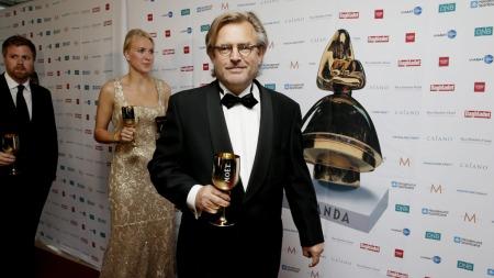 Bent Hamer mottok Amandakomiteens Ærespris i Haugesund. (Foto: Larsen, Håkon Mosvold)