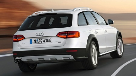 Av premiumprodusentene er det Audi som har solgt størst andel   av sine biler med firesylindret motor på det amerikanske markedet. BMW   følger på den neste plassen - og de solgte ingen modeller med firer i   USA så sent som for fem år siden.