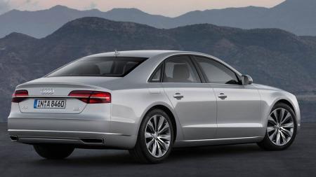 Audi A8 bakfra