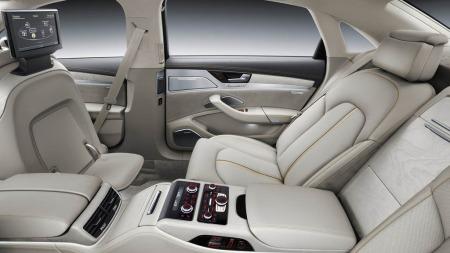 Audi A8 er noe av det mest luksuriøse du kan kjøre - og nå kommer det en ny versjon. Den kan for eksempel ha et slikt interiør ....