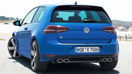 VW er tro mot designfilosofien til de råere Golf-versjonene også med nye R. Det er diskret, men med detaljer som sladrer om at dette er noe ekstra.