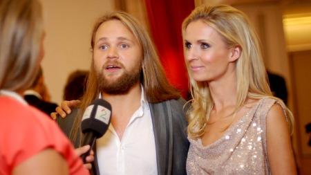 Med på «Skal vi danse»: dolartist og låtskriver Erik Søfteland og Nadya Khamitskaya . (Foto: Sandra Noer)