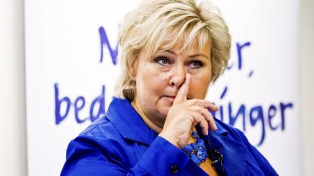 FORTSATT BORGERLIG: Erna Solberg (H) påpeker at det fortsatt   er borgerlig flertall på gallupen, selv om Ap gikk forbi Høyre. (Foto:   Grøtt, Vegard/NTB scanpix)