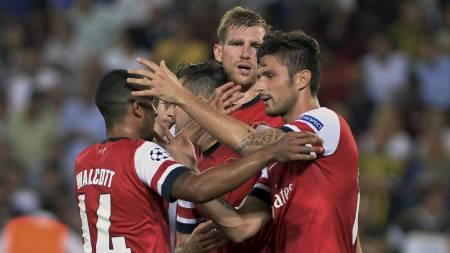 GOD STATISTIKK ETTER EUROPA: Arsenal er ubeseiret i sine siste 14 Premier League-kamper som etterfølger en kamp i Europa. De står med ti seirer og fire uavgjorte. (Foto: AP Photo/Ap)