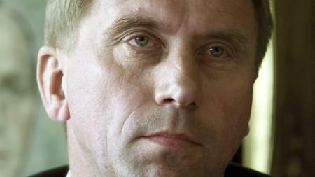 RYSTET: Direktør i Rikstoto Harald Dørum er rystet over feilen på Øvrevoll søndag. Dette bildet er fra 2001, da Dørum var adm.dir. i Norsk Jockeyklubb. (Foto: Roald, Berit/NTB scanpix)