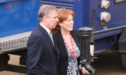 Fergie og Prins Andrew venter på deres datter Beatrice. Bildet er fra 2010. (Foto: Ben Eade/GoffPhotos., ©TS)