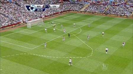 Her ser vi Surridges løp frem mot scoringen mot Aston Villa. (Foto: TV 2)