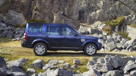 Designet er umiskjennelig Discovery og Land Rover gjør fint lite med det når de nå gir bilen en liten oppdatering.