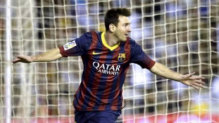 USTOPPELIG: Lionel Messi fikset tre poeng mot Valencia på Mestalla. (Foto: LLUIS GENE/Afp)