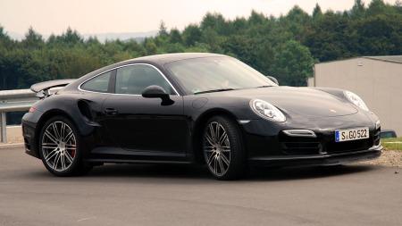 Porsche 911 / 991 Turbo. Både snill hverdags bil og seriøs racerbil. (Foto: Benny Christensen)