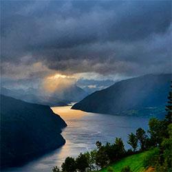Nordfjord 20. august. (Foto: Jørn Ole Steina)