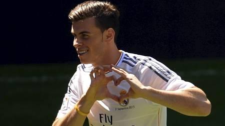 LANGT NEDE PÅ LISTEN: Gareth Bale er bare den 17. beste spilleren på Fifa 14. (Foto: GERARD JULIEN/Afp)