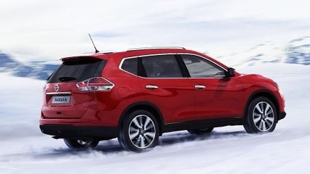 Borte er det høye og litt firkantede designet som kjennetegnet tidligere generasjoner av Nissan X-Trail.
