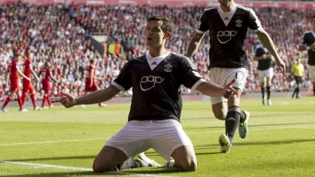 FEIRET: Dejan Lovren etter å ha gitt Southampton 1-0 på Anfield. (Foto: Jon Super/Ap)