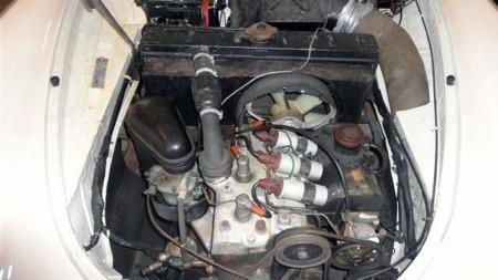 Tre sylindre, totakter og forhjulsdrift - ikke akkurat hva du forventer av en bil som ser slik ut. 1000 SP var nok sær så det holdt selv da den var ny, men ble aldri utsatt for spesielt ondsinnet omtale til tross for at den var ganske åpenbart en