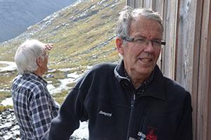 Erik Hestnes og Steinar Bakkehøi er også to av snøskredpionerene i Norge. Begge arbeidet ved NGI fra 70-tallet og frem til de ble pensjonister.  (Foto: Ronald Toppe)