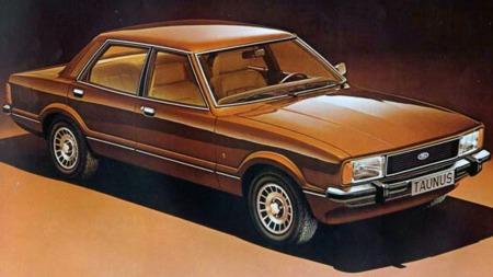 Dette er en av Mondeo forgjengerne, nemlig Ford Taunus fra 1977