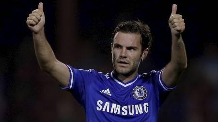 IKKE GLEMT: Valencia har ikke glemt Juan Mata. Nå vil de starte kronerulling for å hente ham tilbake fra Chelsea. (Foto: EDDIE KEOGH/Reuters)