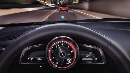 Mazda 3 head up