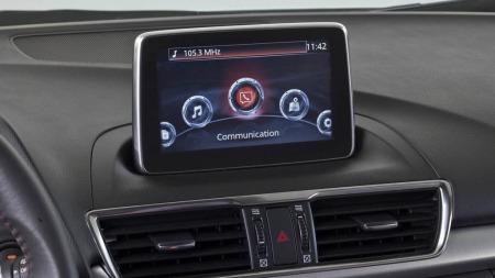 Mazda 3 skjerm