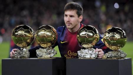 FIRE PÅ RAD: Lionel Messi har vunnet Gullballen fire ganger på rad. (Foto: LLUIS GENE/Afp)