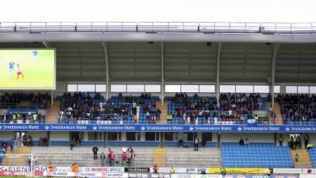 TOMME SETER: Tippeliga-klubbene sliter med tilskuertallene. (Foto: Ekornesvåg, Svein Ove/NTB scanpix)