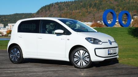 Ikke noen utagerende designsprell bare fordi det er snakk om elbil. VW holder seg i skinnet også med e-up!