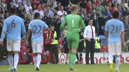 STARTEN PÅ NEDTUREN: Allerede i sesongens første bortekamp - mot Malky Mackays Cardiff i august - fikk City høstens første nederlag. (Foto: Nick Potts/Pa Photos)