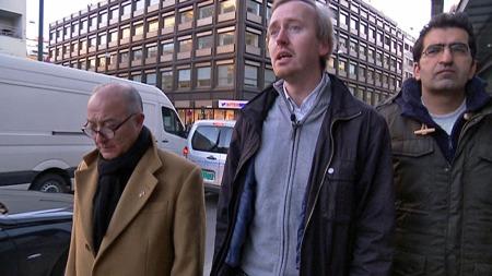 ANMELDER BLOGG FOR RASISME:  Ervin Kohn, Rune Berglund Steen og Shoaib Sultan fra Antirasistisk senter anmeldte bloggen «Internetts mørkeste krok». (Foto: Jessica Allende/TV 2)
