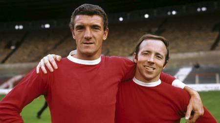 Manchester United-legendene Bill Foulkes (t.v.) og Nobby Stiles (t.h.). (Foto: PA Photos/Pa Photos)