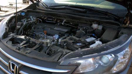 Motor på 1,6-liter høres ikke voldsomt ut, men den  gjør en god jobb og yter bilen rettferdighet.  (Foto: Benny Christensen)