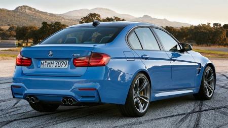 Nå har bildene lekket ut på internett. Dette er nye BMW M3, noe av det heftigste du kan kjøpe av bil med fire dører!