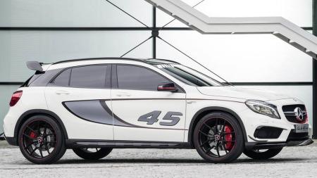 Mercedes GLA fra siden