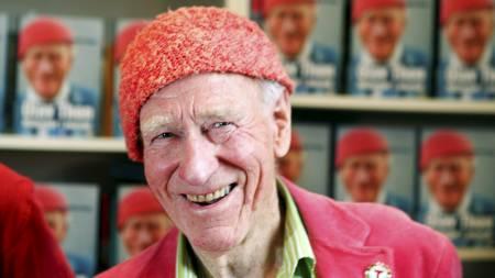 BOK: Biografien om Olav Thon, ført i pennen av Hallgrim Berg, kom i 2008. (Foto: Junge, Heiko/NTB scanpix)
