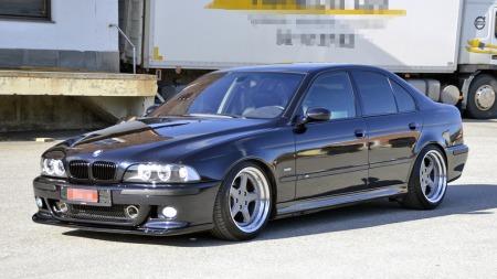 BMW M5 er både drømmesportsbil og drømmefamiliebil for svært mange. Men her møter vi en eier som har enda høyere mål for bilen enn det fabrikken satte seg. (Foto: Privat)