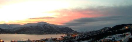 Vakker vinter i Tromsø om morgenene 17. desember. (Foto: Universitetet i Tromsø)