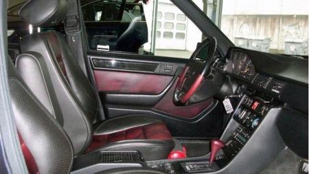 Samtlige 12 E60 AMG-utgaver ble etter hva vi vet bygget på Limited-versjonen av E500. Det betød