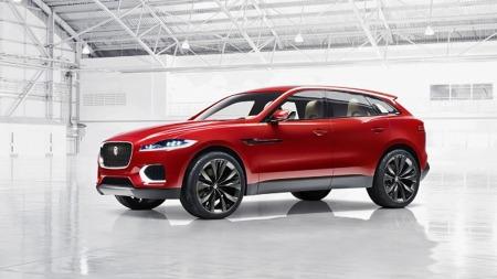 Jaguar henter med seg formspråk og linjer fra flere av dagens modeller når de skal lage SUV. Her er det sportslige tungt vektlagt.