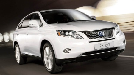Lexus SUV forfra