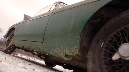 Rust er MGBs verste fiende og heller ikke dette eksemplaret har sluppet helt unna.  (Foto: eBay)