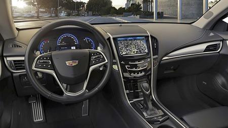 Dashboardet gjenkjennes fra ATS sedan. Cadillacs multimedia-interface