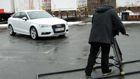 A3 Sportsedan på TV-opptak - dette er en bil som neppe blir   noe spesielt vanlig syn på norske veier.