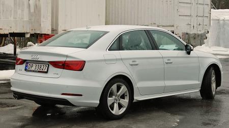 Målene er ikke langt unna forrige generasjon A4 - og med A3   Sportsedan tetter Audi igjen enda et (lite) hull i modellutvalget sitt.