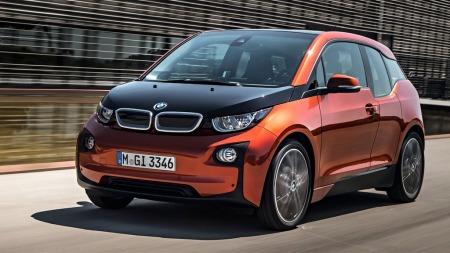 Min personlige Årets bil-favoritt. BMW i3.  En innovativ sak med mange nyvinninger på bådde teknologi og design.