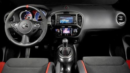 Nissan-Juke-Nismo-RS-interi